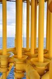 Linea del tubo di produzione dalla piattaforma capa buona a Productio Fotografie Stock