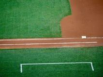 Linea della prima base e contenitore di vettura di campo di baseball immagini stock libere da diritti