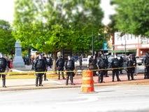 Linea di polizia durante le proteste a Atlanta fotografie stock