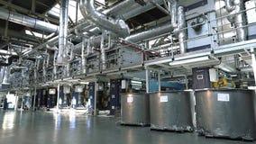Linea di produzione della carta da parati, impianto di produzione della carta da parati, impianto di produzione moderno del trasp stock footage