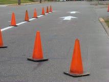 Linea di traffico e pittura della freccia Fotografie Stock Libere da Diritti