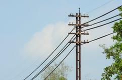 Linea di trasmissione ad alta tensione Immagine Stock