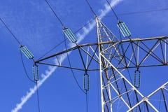Linea di trasmissione ad alta tensione pilone Fotografie Stock Libere da Diritti