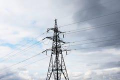 Linea di trasmissione elettrica Fotografia Stock