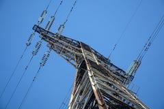 Linea di trasmissione elettrica supporto Fotografia Stock Libera da Diritti
