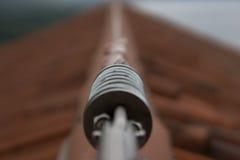 Linea di vita del tetto con la vista del lago Fotografia Stock