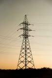 Linea elettrica ad alta tensione del cuscinetto del metallo Fotografia Stock Libera da Diritti