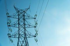 Linea elettrica ad alta tensione torretta Fotografia Stock
