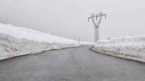 Linea elettrica nel Tirolo Immagine Stock