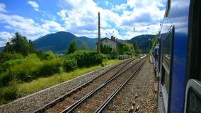 Linea ferroviaria di Semmering, alpi, Austria video d archivio