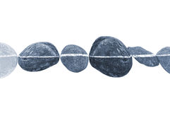 Linea horizontal de piedras, aislada en blanco Foto de archivo libre de regalías