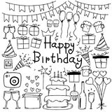 Linea insieme disegnato a mano di buon compleanno di vettore di scarabocchio Fotografie Stock