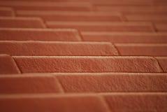 Linea modello delle mattonelle su una cima del tetto fotografie stock