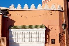 linea nelle mattonelle del Marocco e nell'estratto colorated Fotografia Stock