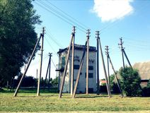 Linea pali di Electirc di potere Immagine Stock