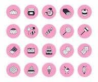 Linea piana icone dell'alimento dolce messe Illustrazioni lecca-lecca, barra di cioccolato, frapp?, biscotto, torta di compleanno illustrazione di stock