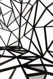 Linea progettazione d'acciaio del metallo di vista di tema verticale del nero all'aperto Immagine Stock