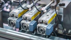 Linea tecnologia di fabbricazione del robot industriale fotografia stock