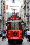 Linea tranviaria del quadrato di Taksim Fotografie Stock