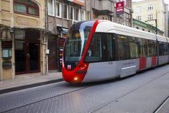 Linea tranviaria moderna a Costantinopoli Fotografie Stock