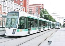 Linea tranviaria a Parigi, Francia immagini stock