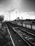 Linea tranviaria Sguardo artistico in bianco e nero Fotografia Stock