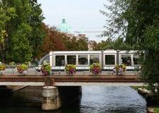 Linea tranviaria a Strasburgo, Francia fotografie stock libere da diritti