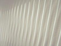 Lineair licht patroon van verticale zonneblinden Royalty-vrije Stock Afbeelding