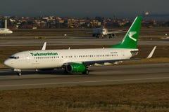 Linee aeree Boeing 737-82K del Turkmenistan Fotografie Stock Libere da Diritti