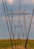 Linee di energia elettrica torre Fotografia Stock