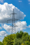 Linee elettriche ad alta tensione Immagini Stock
