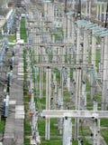 Linee elettriche ad alta tensione della trasmissione Immagini Stock