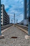 Linee elettriche del treno di cui sopra della monorotaia di messa a terra Fotografia Stock Libera da Diritti
