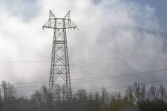 Linee elettriche dell'albero di Krasoyarsk Fotografia Stock Libera da Diritti