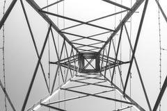 Linee elettriche pilone immagini stock libere da diritti