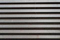 Linee orizzontali grige d'argento del metallo di lerciume - struttura/fondo di alta qualità fotografia stock libera da diritti