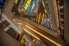 Free Lines Inside The Building Royalty Free Stock Photo - 118600255