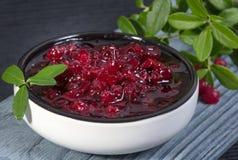 Lingonberryjam (vossebessen) Stock Foto