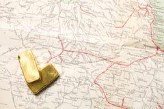 Lingote del oro Bar Imágenes de archivo libres de regalías