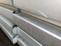 Lingots en aluminium Transport d'aluminium pour l'exportation Image stock