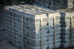Lingots en métal Photographie stock libre de droits