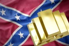 Lingotti dorati brillanti sulla presa confederata Fotografia Stock Libera da Diritti