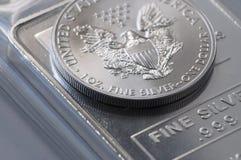 Lingotto della moneta d'argento Fotografia Stock