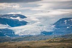 Lingua del ghiacciaio in Norvegia Hardangerjøkulen fotografie stock libere da diritti