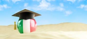 Lingua dell'Italia in vacanza, cappuccio di graduazione alla spiaggia Immagini Stock