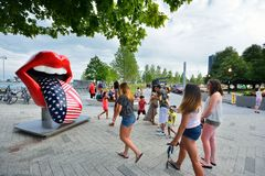 Lingua e labbra famose di The Rolling Stones al pilastro della marina di Chicago Fotografie Stock