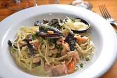 Linguine de moule de fruits de mer Photo stock