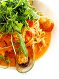 Linguine della pasta, pomodoro dei frutti di mare Immagine Stock