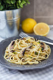 Linguine with mushrooms, cheese, thyme and lemon Stock Images