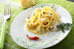 Linguine with shrimp and parsley Royalty Free Stock Photography